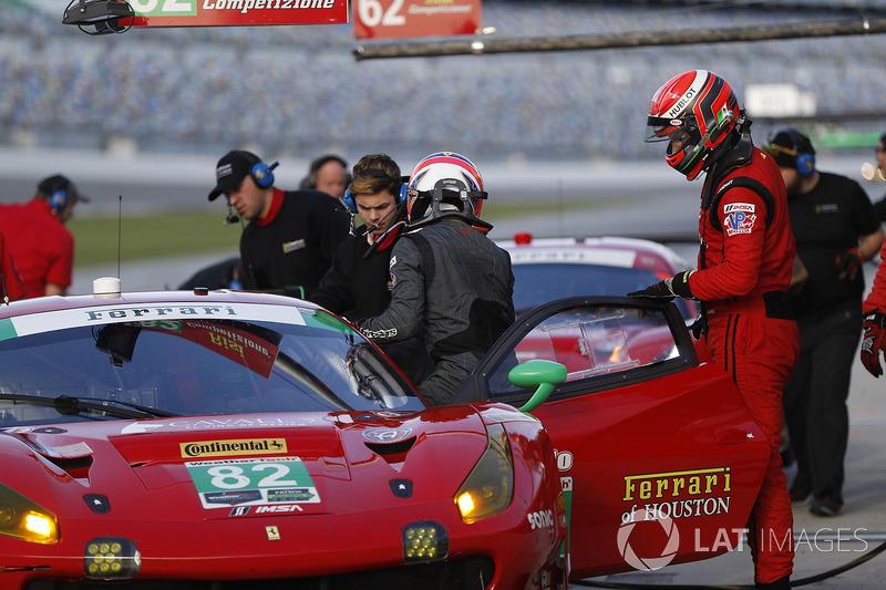 #82 Risi Competizione Ferrari 488 GT3, GTD: Ricardo Perez de Lara, Martin Fuentes, Santiago Creel, Miguel Molina