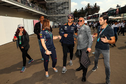 Daniel Ricciardo, Red Bull Racing poses with a fan
