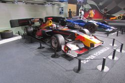 2017年 全日本スーパーフォーミュラ選手権 ピエールガスリー(TEAM MUGEN)ルーキー・オブ・ザ・イヤー車両(SF14)