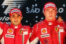 Подиум: победитель Фелипе Масса и обладатель третьего места Кими Райкконен, Ferrari