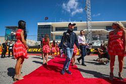 Daniil Kvyat, Scuderia Toro Rosso lors de la parade des pilotes