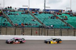 Dylan Lupton, JGL Racing Toyota, Ryan Sieg, RSS Racing Chevrolet