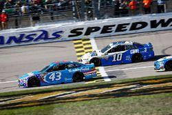 Aric Almirola, Richard Petty Motorsports Ford, Danica Patrick, Stewart-Haas Racing Ford