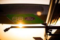 Табличка экипажа #66 Ford Chip Ganassi Racing Team UK Ford GT: Оливье Пла, Штефан Мюкке