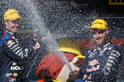 Podium: race winner Shane van Gisbergen, Triple Eight Race Engineering Holden, second place Jamie Wh