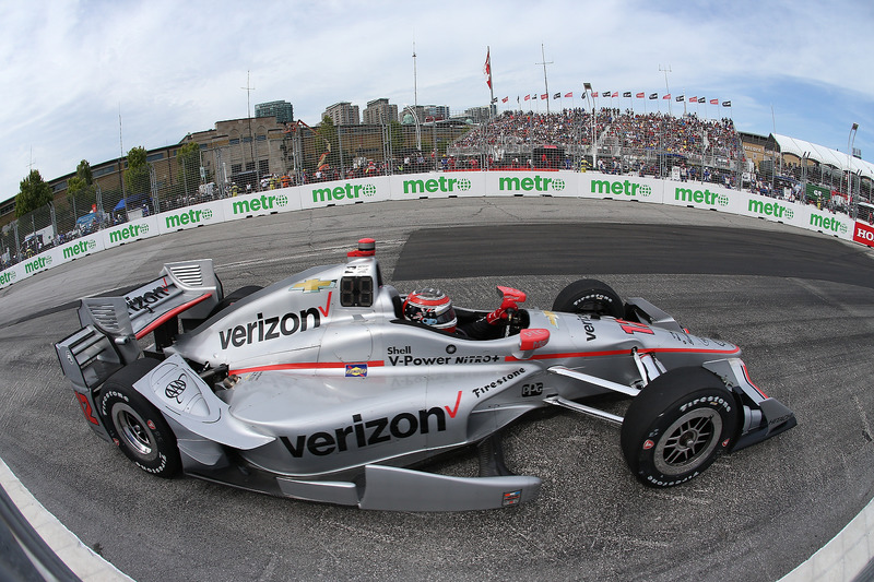 Na etapa de Toronto da Indy, a sorte sorriu para Will Power, que conseguiu se aproveitar das bandeiras amarelas para vencer a prova.