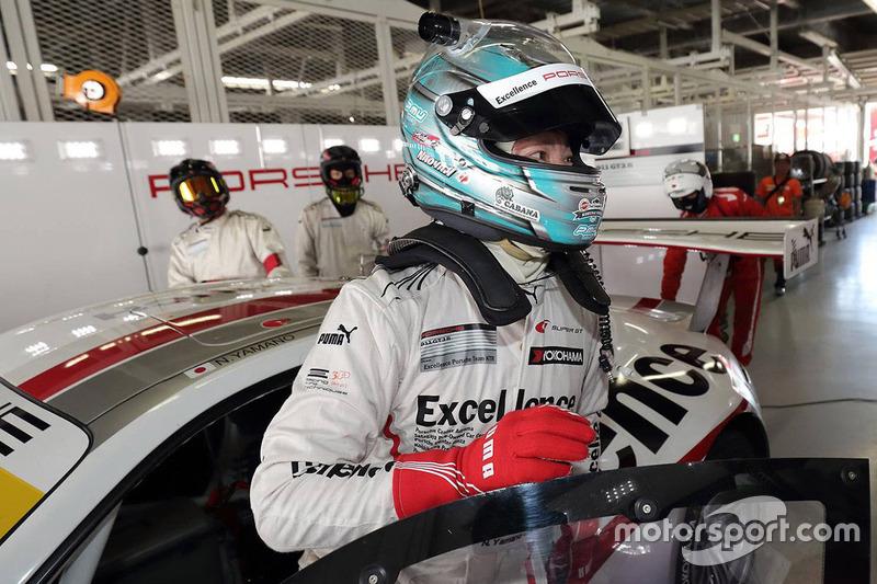 #33 Excellence Porsche Team KTR Porsche 911 GT3-R: Naoya Yamano