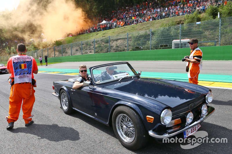 Nico Hulkenberg, Sahara Force India F1 on the drivers parade