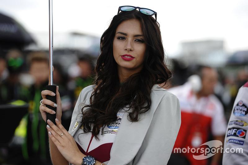 Hermosa chica de Marc VDS Racing
