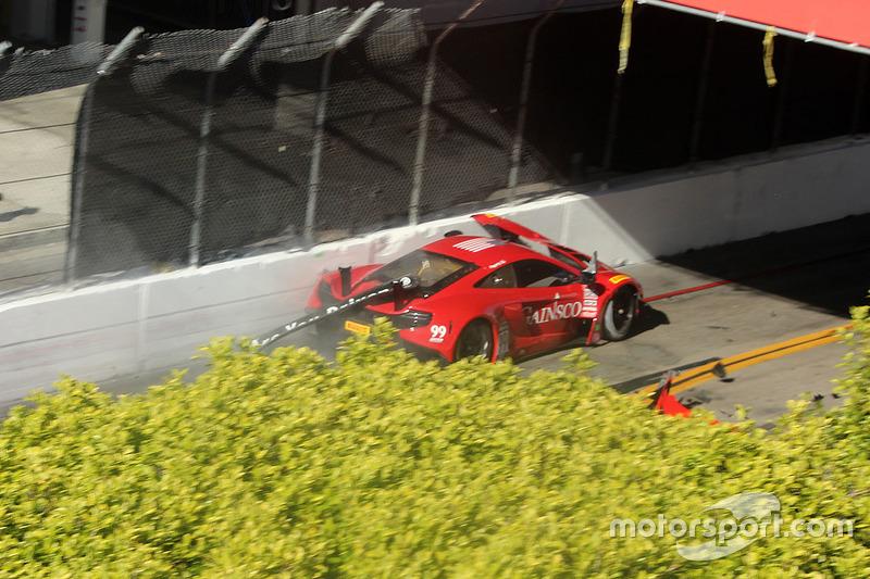 #99 Gainsco/Bob Stallings Racing McLaren 650S GT3: Jon Fogarty con problemas