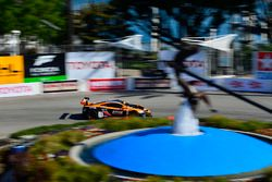 #13 K-Pax Racing, McLaren 650S GT3: Colin Thompson