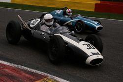 #30 Cooper T45 (1958): Guy Plante; #34 Cooper T43 (1957): John Bussey