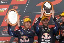 Podium: les deuxièmes Shane van Gisbergen, Alexandre Premat, Triple Eight Race Engineering Holden