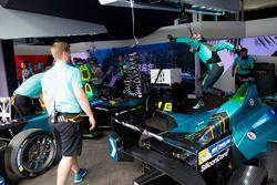 Simulation d'arrêt au stand pour Nelson Piquet Jr., NEXTEV TCR Formula E Team