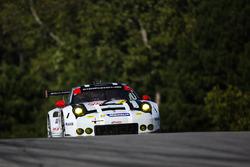 #912 Porsche Team North America Porsche 911 RSR: Earl Bamber, Frédéric Makowiecki, Michael Christens