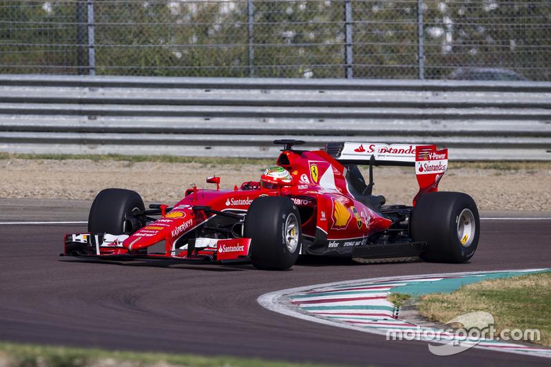 Esteban Gutierrez, Ferrari, prova le gomme Pirelli 2017