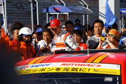 小林崇志と土屋圭市エグゼクティブアドバイザー(#55 ARTA BMW M6 GT3)