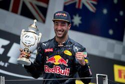 Daniel Ricciardo, Red Bull Racing en el podio