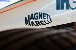 Mahindra Racing, la monoposto con il logo Magneti Marelli