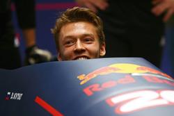 Daniil Kvyat, Red Bull Racing s'essaie au bobsleigh