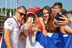 Valtteri Bottas, Williams con los fans
