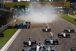 Akash Nandy, Jenzer Motorsport, crash