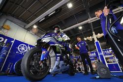 #21 Yamaha Factory Racing Team: Katsuyuki Nakasuga, Pol Espargaró, Alex Lowes