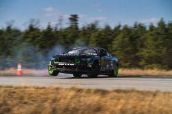 Vaughn Gittin Jr. test Ford Mustang RTR