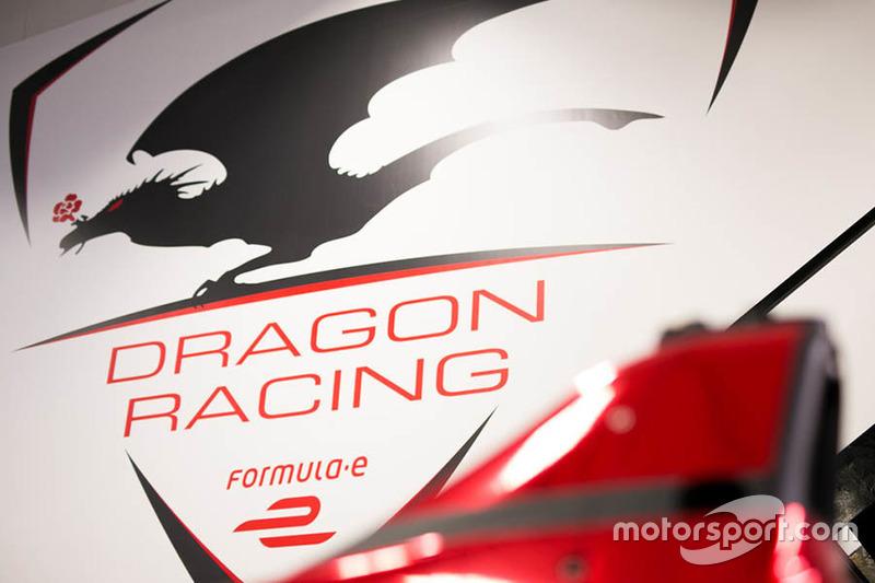 Dragon Racing, logo