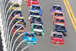 Rennaction: Aric Almirola, Ford and Chase Elliott, JR Motorsports Chevrolet