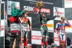 Podium : 2. Platz Chaz Davies, Aruba.it Racing - Ducati Team; 1. Platz Jonathan Rea, Kawasaki Racing
