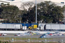 Crash: Bobby Labonte, Joe Gibbs Racing Toyota and Jeb Burton, Richard Petty Motorsports Ford