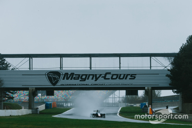 Shakedown à Magny-Cours