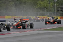 Pedro Piquet, Van Amersfoort Racing Dallara F312 – Mercedes-Benz, Callum Ilott, Van Amersfoort Racing Dallara F312 – Mercedes-Benz