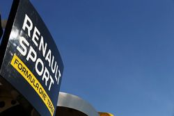 Motorhome du Renault Sport F1 Team