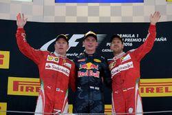 Podyum: yarış galibi Max Verstappen, Red Bull Racing, ikinci sıra Kimi Raikonnen, Scuderia Ferrari,