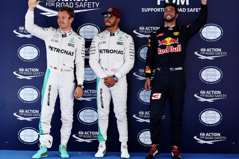 1. Lewis Hamilton, Mercedes AMG F1 W07; 2. Nico Rosberg, Mercedes AMG F1 W07; 3. Daniel Ricciardo, Red Bull Racing RB14