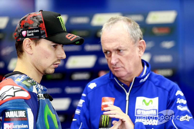 Jorge Lorenzo, Yamaha Factory Racing, mit Crewchief Ramon Forcada