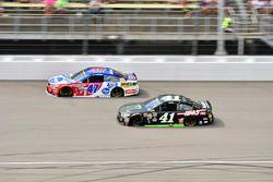 A.J. Allmendinger, JTG Daugherty Racing Chevrolet, Kurt Busch, Stewart-Haas Racing Chevrolet