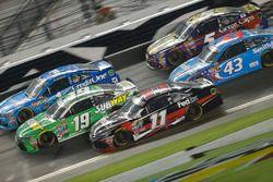 Carl Edwards, Joe Gibbs Racing Toyota, Denny Hamlin, Joe Gibbs Racing Toyota, Jamie McMurray, Chip G