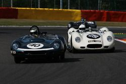 #40 Tojeiro-Jaguar (1959): James Cottingham; #251 Lister-Chevrolet 'Knobbly' (replica-2004): Mark Le