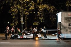 Merk Webber im Porsche 919 Hybrid LMP1 in London
