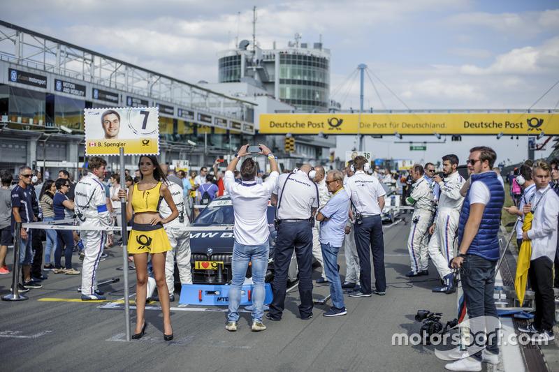 Grid girl, Bruno Spengler, BMW Team MTEK, BMW M4 DTM