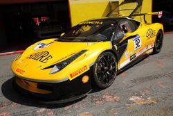 #92 Stratstone Ferrari Ferrari 458: Sam Smeeth