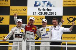 Podium: Sieger Nico Müller, Audi Sport Team Abt Sportsline, Audi RS 5 DTM; 2. Tom Blomqvist, BMW Team RBM, BMW M4 DTM; 3. Maxime Martin, BMW Team RBM, BMW M4 DTM; Michael Seifert, Teammanager Abt Sportsline
