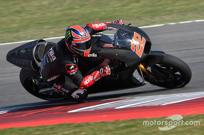 "<img src=""http://cdn-1.motorsport.com/static/custom/car-thumbs/MOTOGP_2016/numbers/22.png""> Sam Lowes (Aprilia Racing Team Gresini)"