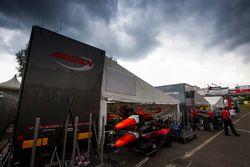 Sfeerbeeld GP3 paddock