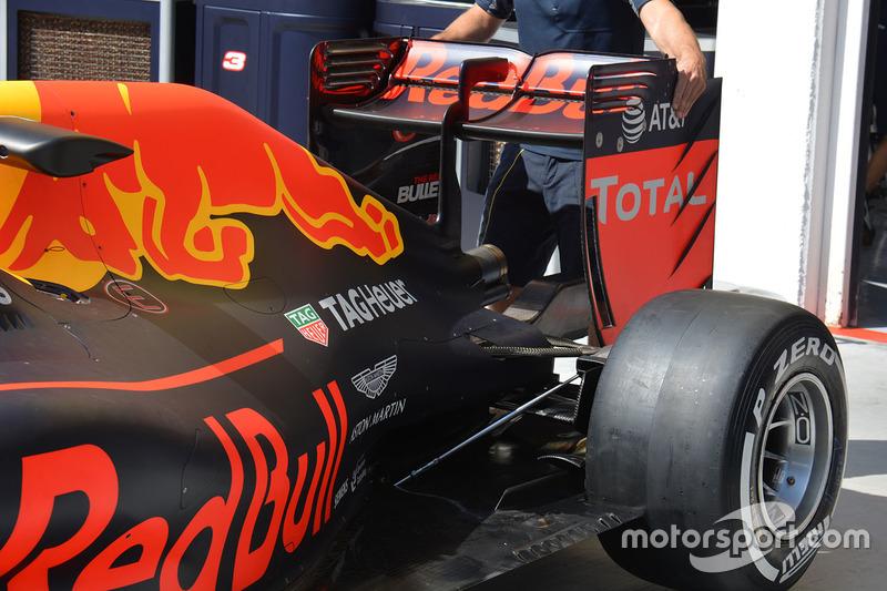 Red Bull RB12: il retrotreno di Ricciardo senza Monkey Seat