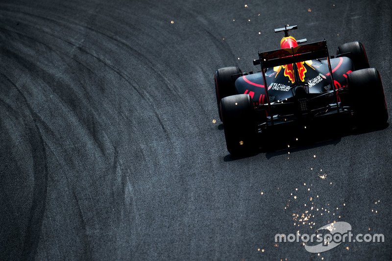 #2: Funkenflug bei Daniel Ricciardo