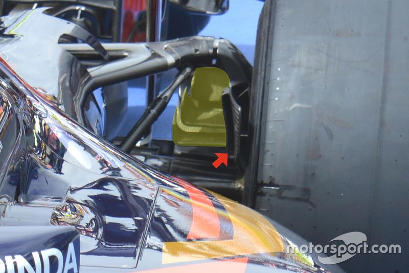 Scuderia Toro Rosso STR11 rear brake duct detail